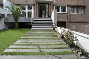 Parquet tarima interior y exterior tarima ipe p ca - Suelos para jardines exteriores ...
